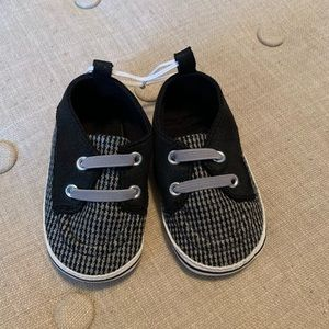 Carter's Shoes - NWOT Carter's Baby Boys Boat Crib Shoes Black
